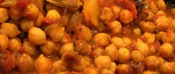 Slow Cooker Chana Masala (Indian chickpea curry)