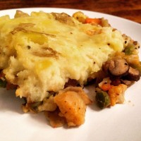 Thanksgiving Edition: Thyme For Vegetarian Shepherd's Pie