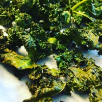 Simple Baked Kale Chips